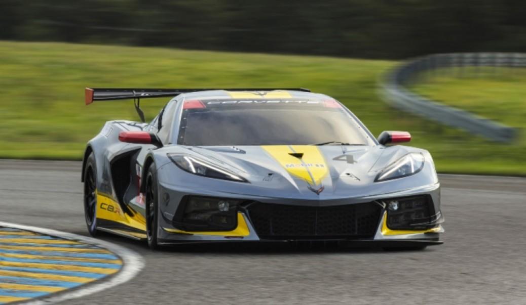 C8.R El Corvette a pista!