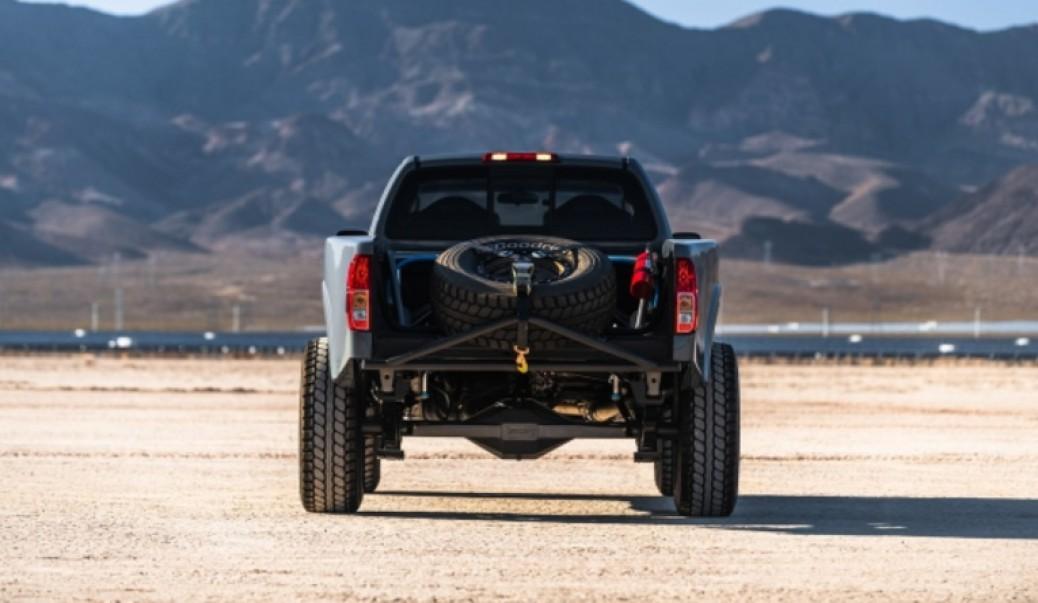 Nissan Frontier/Navara Desert Runner. Mik Mik